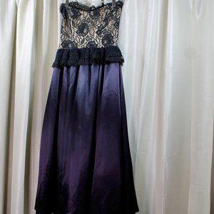 VINTAGE Lace Corset Sweetheart Gunne Sax Dress
